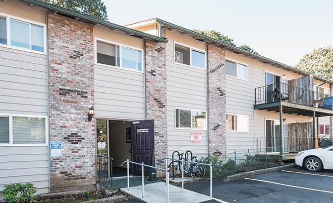 Oak Village West Apartments Salem Oregon